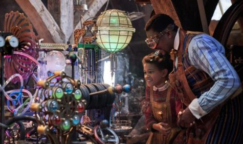 Jeroicus Jangle shows his daughter his newest invention. They are inside his workshop, where he invents unique toys for children.