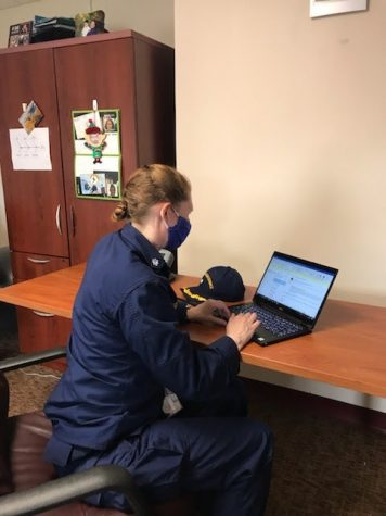 Jefferson alumna Gretchen Buckler sets up contact tracing for the Delaware Department of Health in May 2020.