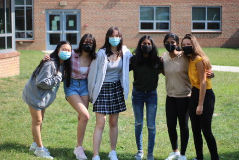 From left to right, sophomores Erin Chen, Yasmin Kudrati-Plummer, Melissa Brown, Ishara Shanmugasundaram, Medha Ghattu, and Zumi Riekse pose for a group photo. I honestly think its just nice to have someone that you can talk to when youre online. Its great to have a group of people or multiple people or one person that you can talk to, that you can send a message and genuinely enjoy talking to them. Yeah, like more than just for class, but to think of and for them to be your friend and talk to them, Riekse said.